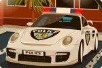 Parcheggia l'auto della polizia